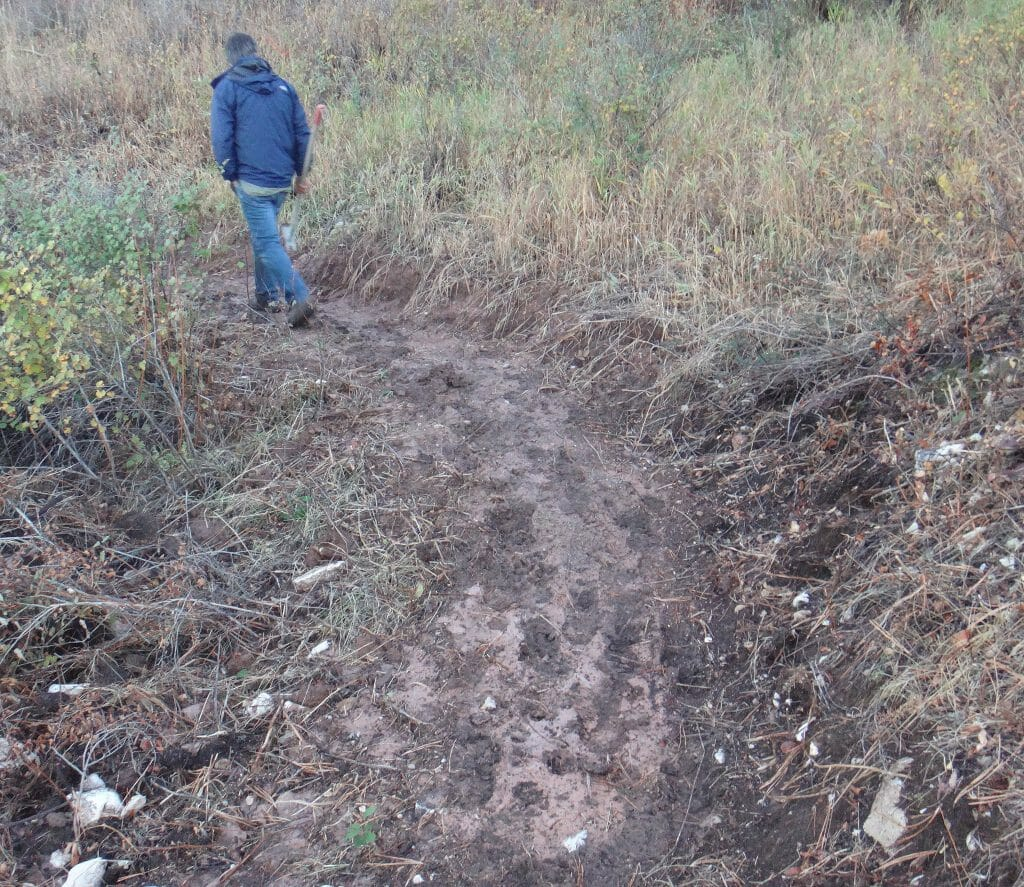 03d019ddd While it may be hard to think that you can adversely impact a trail, even  walkers can do damage during Mud Season. If you're leaving behind tracks  like the ...